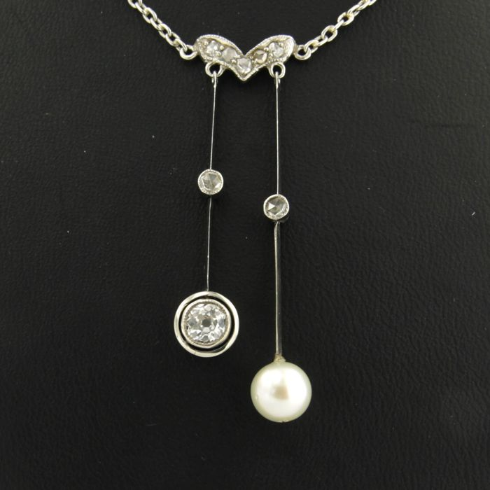 900PT platinum negligee necklace set with freshwater cultured pearl and Bolshevik and rose cut diamonds