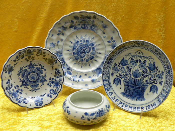 Porceleyne Fles - ( Royal Delft) - Three wall plates and a bonbonnière