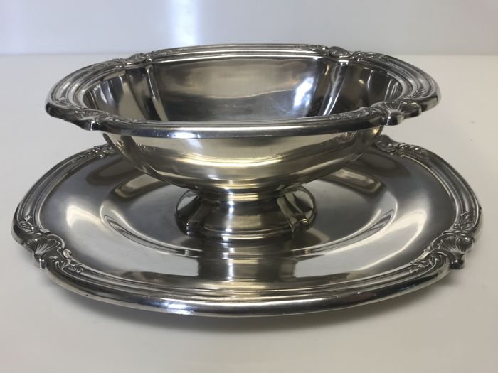 Christofle, Gallia collection, sauceboat for the table - circa 1900 (silver plated metal)