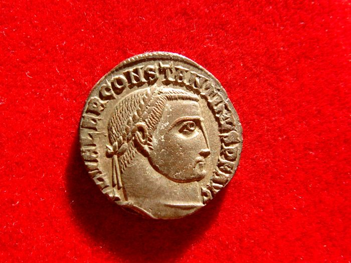 Roman Empire - Constantine I the Great (307-337 A.D.) silvered follis (4,67g. 19mm). Alexandria mint, 313 AD. */N/palm-S//ALE.