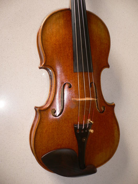 Beautiful, intact Colin-Mezin-copy 4/4 violin, beautiful appearance and sound