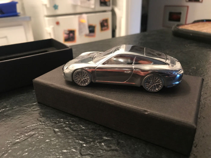 Briefbeschwerer - Porsche 911 Carrera S Limited Edition