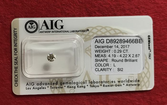 Diamond marked AIG - 0.29 ct - L - SI2