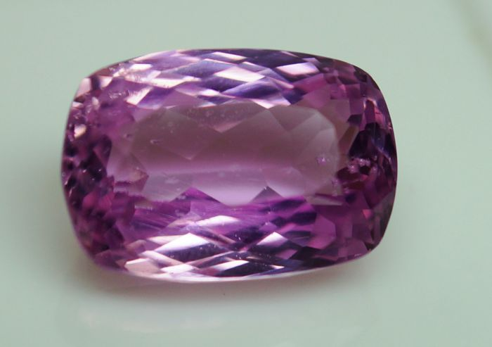 Pink Kunzite – 9.99 ct –  No Reserve Price