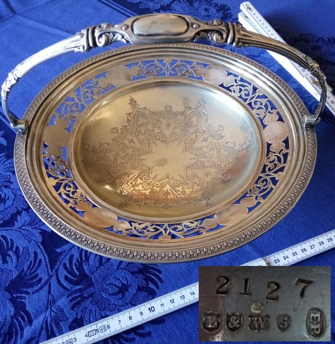 Antique silver plated metal basket with handle - Marked Lee & Wigfull Ltd., Sheffield, England (1872 - 1968), EP / serial number 2127, from the 19th century