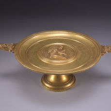 Brisson Joly - Large bronze tazza with handles portrait medallion - France - 2nd half of 19th century
