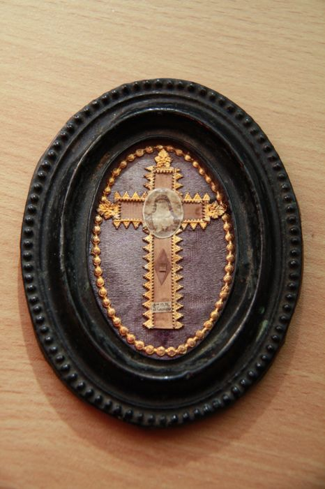 Old brass reliquary,Saint Margaretha-Maria Alacoque, wax seal Vatican-1647-1690