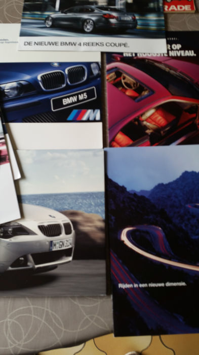 9x official BMW catalogues