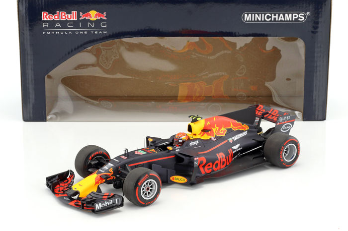 MiniChamps - 1:18 - Red Bull Racing Tag Heuer RB13 Australian GP 2017 - Max Verstappen