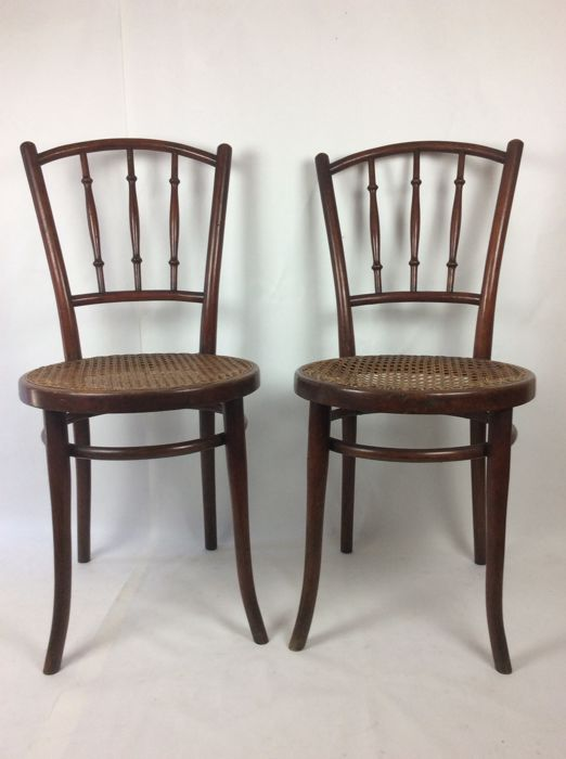 Set of authentic Thonet chairs iconic model Fischer ca. 1888/1895