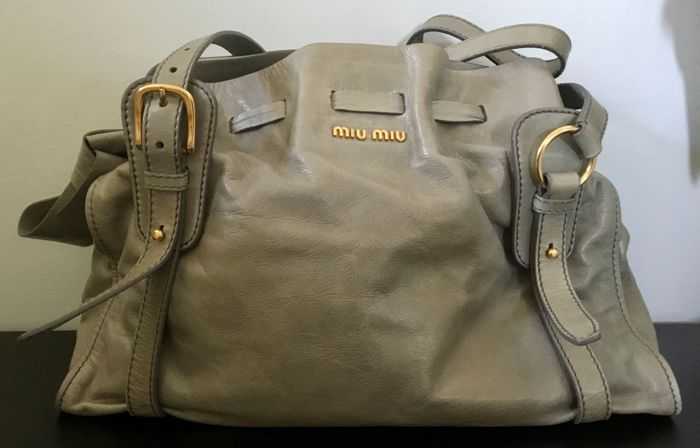 abd4a2bc86d Miu MIu - Shoulder bag - Catawiki