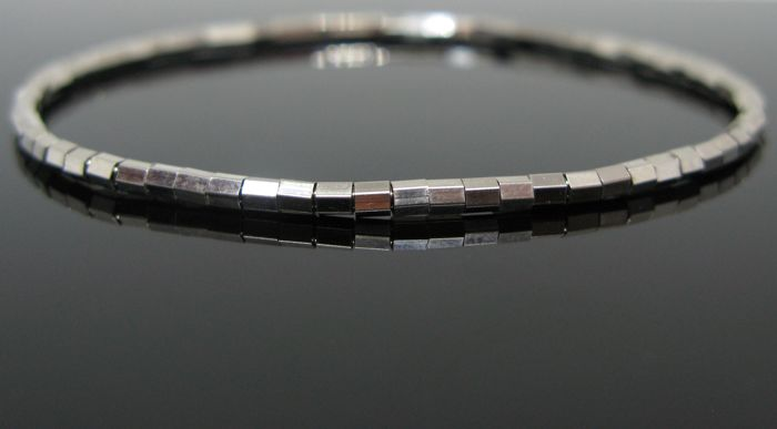 White gold 18 kt, Cubed Beaded Bracelet Ø 2,30 mm. Unisex elastic size 16/21 cm. +++ No reserve price +++