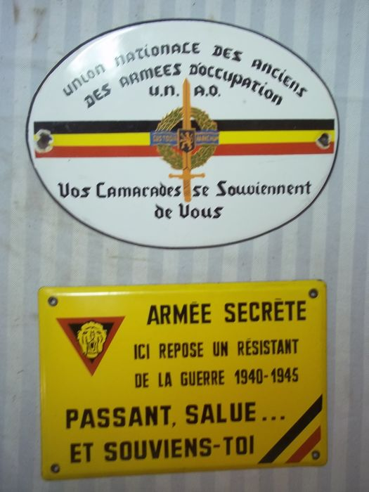 2 Belgian enamel signs 1940-1945, Resistance, secret army, armee secret and the Rhine army in Germany, rare