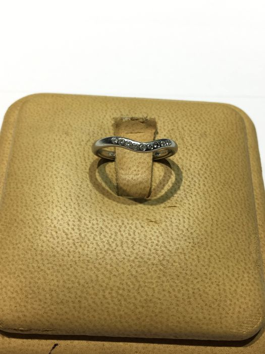 950 white platinum ring with diamonds signed by Tiffany & Co. by Elsa Peretti - Ring size: 11