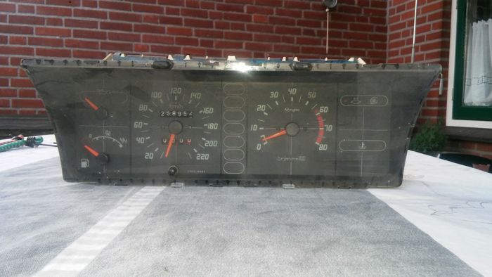 Dashboard from a Citroen BX