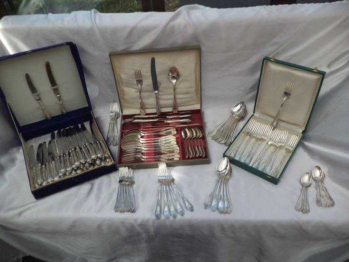 Cutlery cases 100 pieces cutlery -Russian silver plated antique- HEP X U1-58 / MHU 15-20 1930-1955