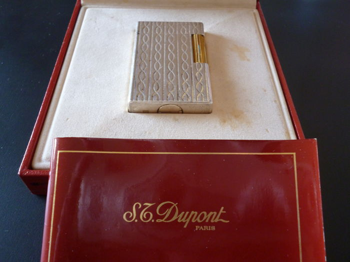 Magnificent, rare silver and 18K gold plated Dupont lighter + box + manual