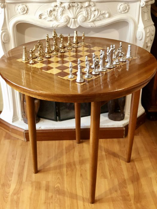 Chess table made of walnut wood with Camelot metal pieces