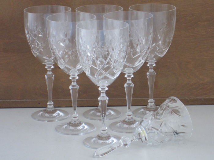 6 cut crystal wineglasses and matching table bell