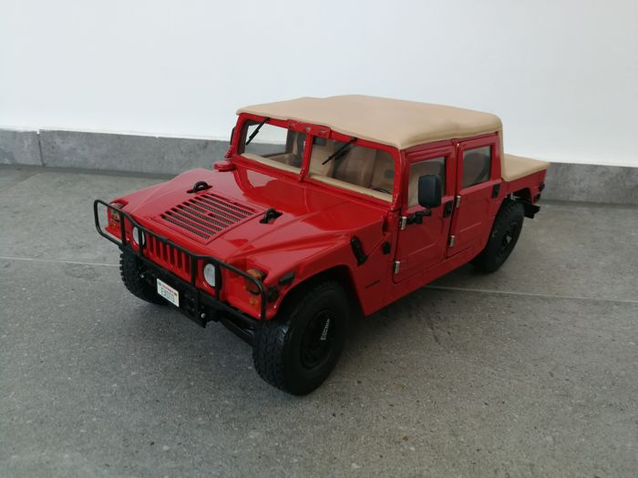 Exoto - scale 1/18 - Hummer AM General Humvee 1995 Soft Top Thunder Trac