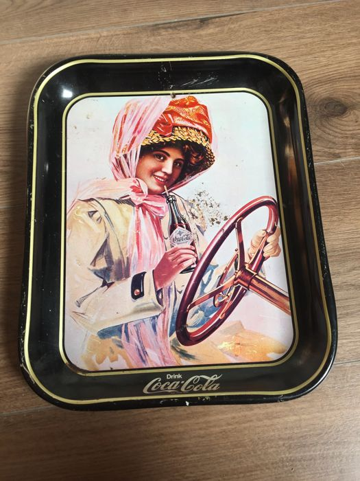 A definitely very very RARE Coca Cola tray 1900 to 1915, 28 cm by 40 cm, a real showpiece for the collector