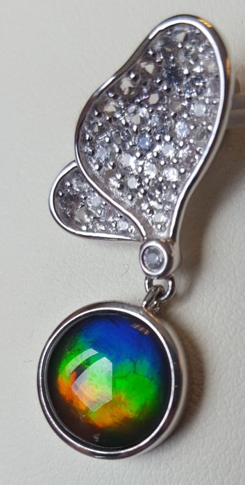 Ammolite Pendant in Silver with White Sapphires
