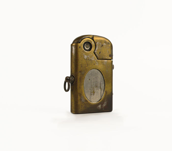 Karat, Dubsky Austria-Revolt Petrol lighter, automatic mechanism, working - Ca. 1912