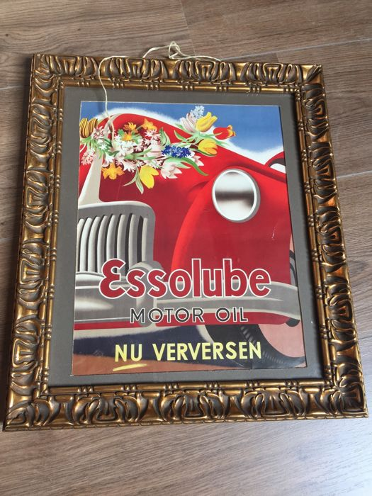 A beautiful authentic sign of ESSOLUBE Motor oil 1940s to 1960s very unique, dim. 40 cm by 50 cm