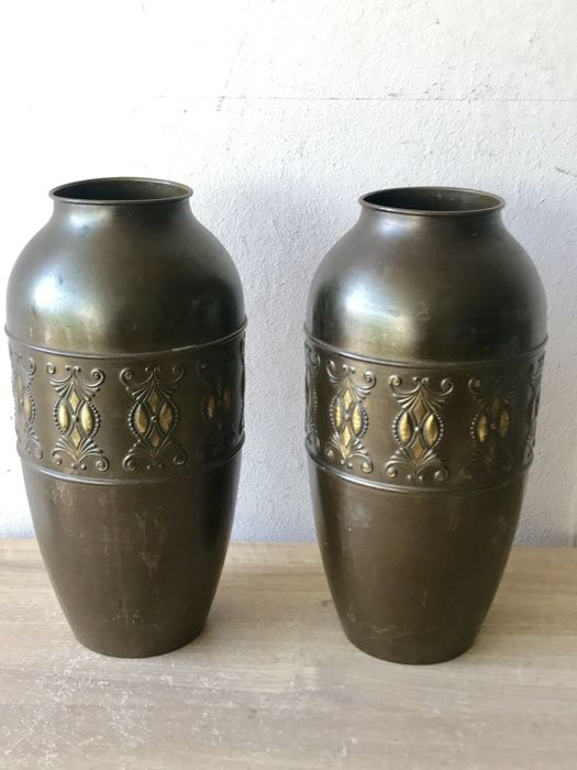 2 Large Antique Brass Art Deco Vases Kmd Tiel Ca 1920 Catawiki