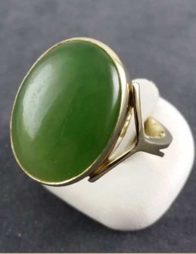 Jade ring - 585 yellow gold - 1 beautiful jade stone