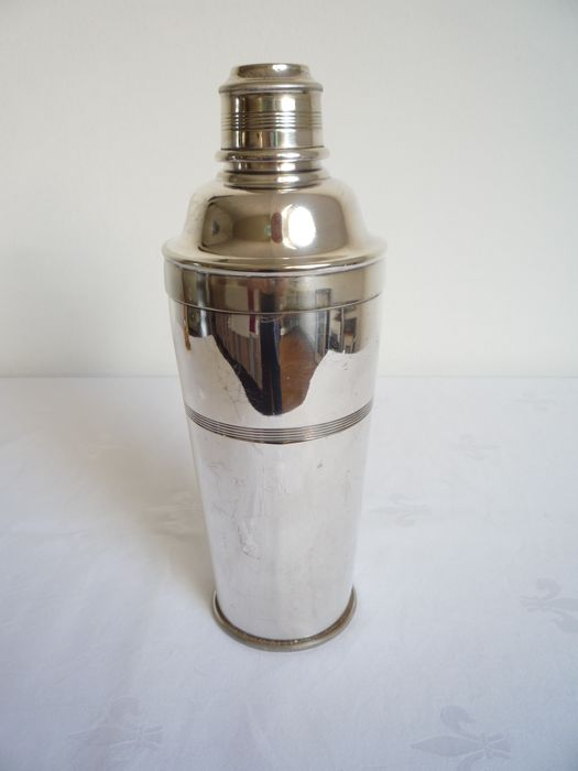 Silver plated cocktail shaker with ice compartment, Arrow & Jackson®, London