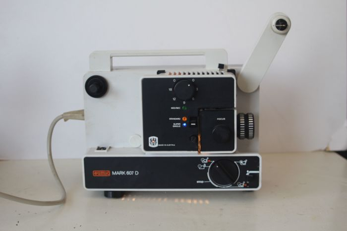 Eumig Mark 607 D - 8mm projector (super 8 and single 8)