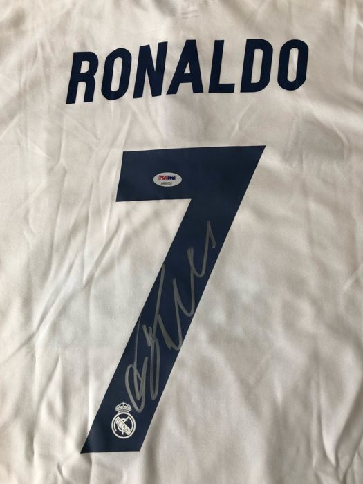 Cristiano Ronaldo signed shirt with double authentication