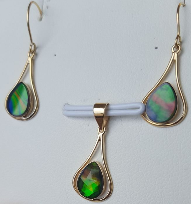 Ammolite Jewellery Set in 14k Gold