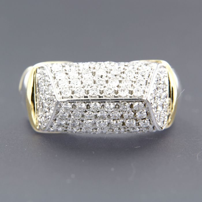 18 kt bi-colour gold ring set with 80 brilliant cut diamonds, approx. 1.84 ct in total