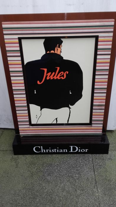 Advertising column christian dior - jules
