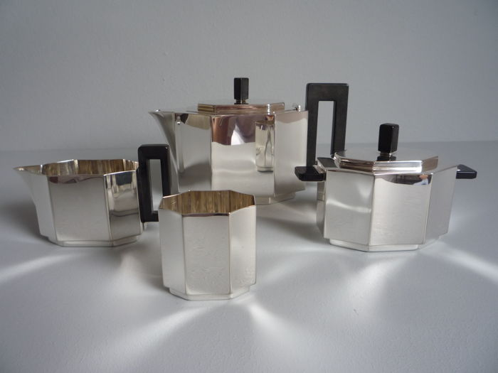 Cubist tea set by designer Chris van der Hoef for Gero in Zeist - ca. 1930