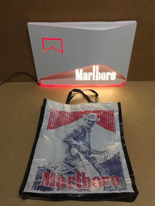 unique set Marlboro lightbox advertising led lamp 90s and Vintage and shopping  bag from 80's