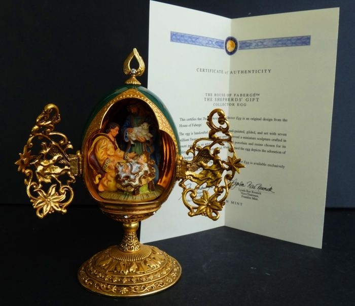 House of Fabergé - 'The Shepherds' Gift' - Collector egg - Enamel - Swarovski rhinestones - 24K gold plated - Numbered