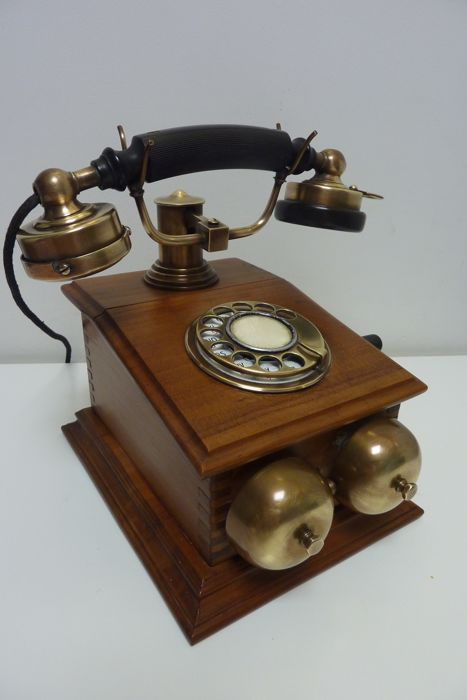 A wooden telephone with nickel horn, very special model, model 1920, 20th century replica.