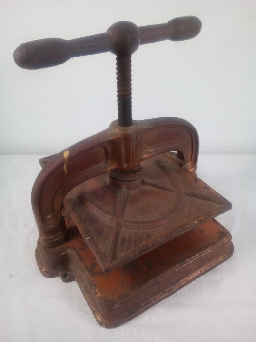 A cast-iron book press - ca. 1900