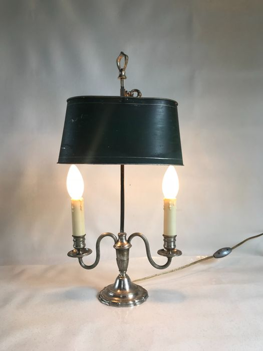 Bouillotte lamp beginning 20th century, silvery bronze and metal