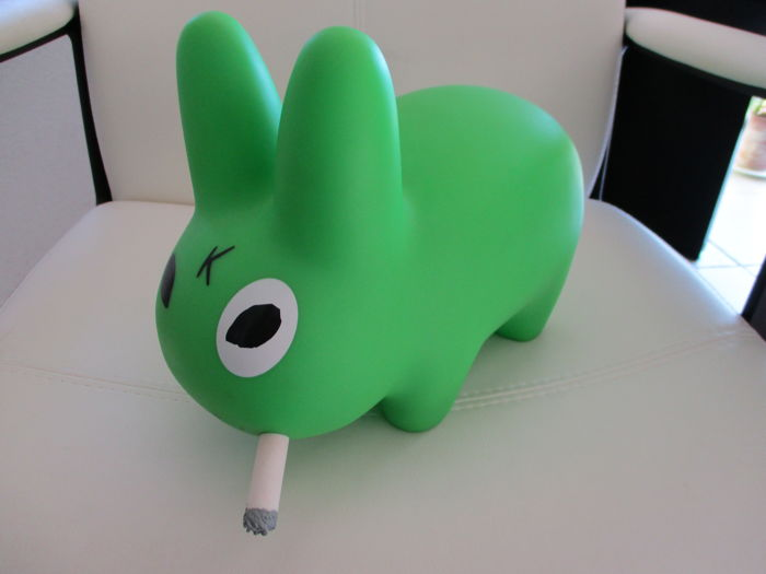 Franck Kozik - Big green Smorkin' rabbit