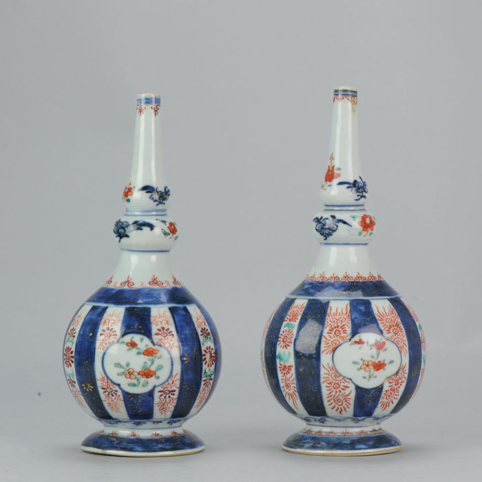 Two Rosewater Sprinklers Imari Decorated - China - Kangxi Period - circa 1700