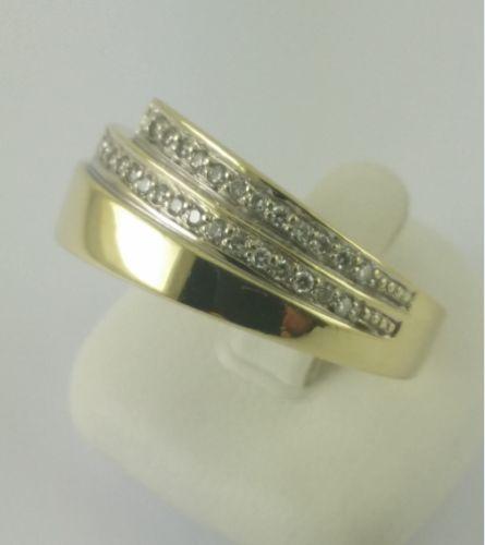 Brilliant ring - 585 yellow gold - 28 small brilliants with 0.14 ct in total