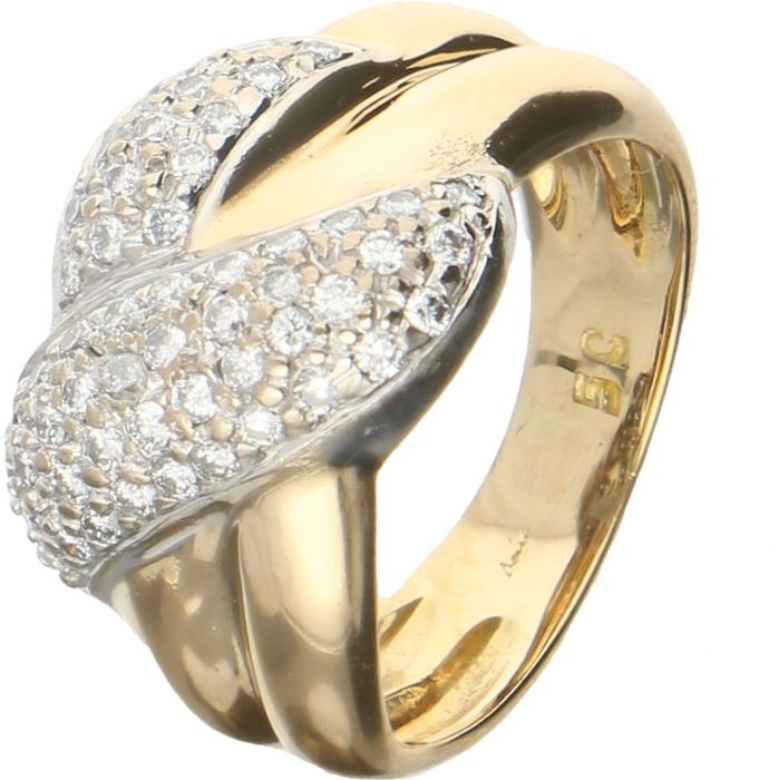 18 kt - Yellow gold ring set with 55 brilliant cut diamonds of approx. 0.275 ct in a white gold setting - Ring size: 15.25 mm