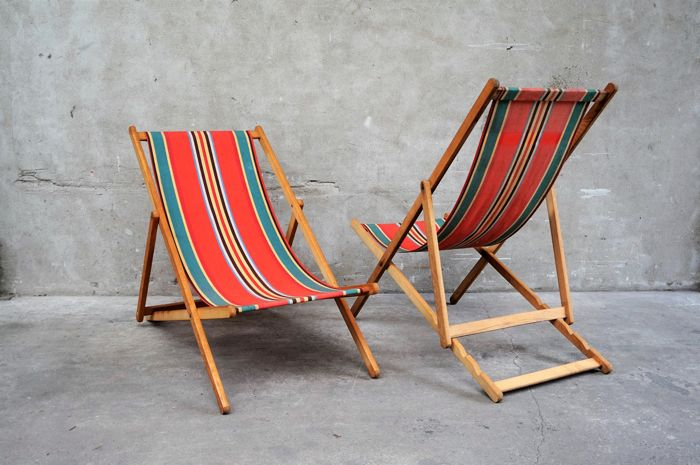 Manufacturer unknown - 2 Vintage beach chairs & Manufacturer unknown - 2 Vintage beach chairs - Catawiki