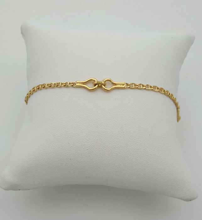 18 kt yellow gold bracelet. Weight 5.92 g. Length 22 cm