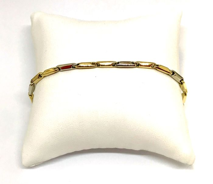 18 carat Yellow and White Gold Bracelet Weight 6.5 gr Length 23 cm Weight 6.5 Gr