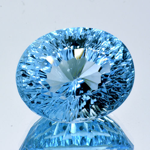 Swiss blue topaz - 21.46 ct